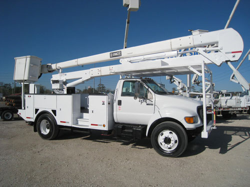 Hi-Ranger Bucket Truck with 60 foot work height.