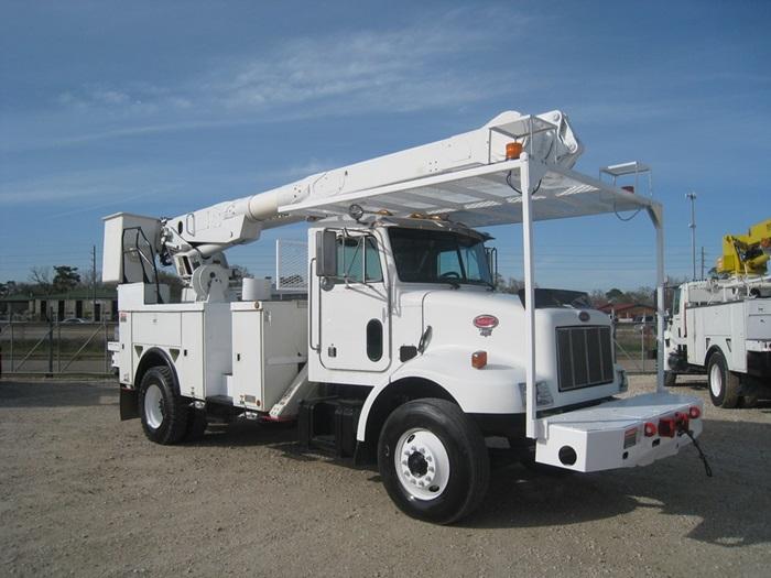 Bucket Truck 4046 Atlas Truck Sales Inc